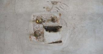 Eliminación de anclajes en hormigón